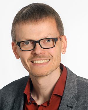 Portraitfoto Matthias Schriever